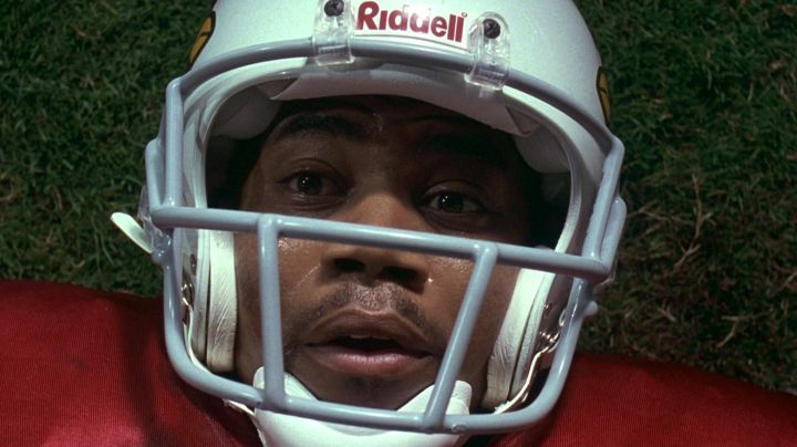 Riddell Football Helmet used by Rod Tidwell (Cuba Gooding Jr.) in Jerry Maguire Movie