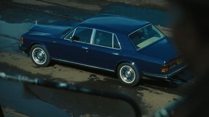 Rolls-Royce Silver Spirit (1980) in Lord of War - Movie Outfits and Products