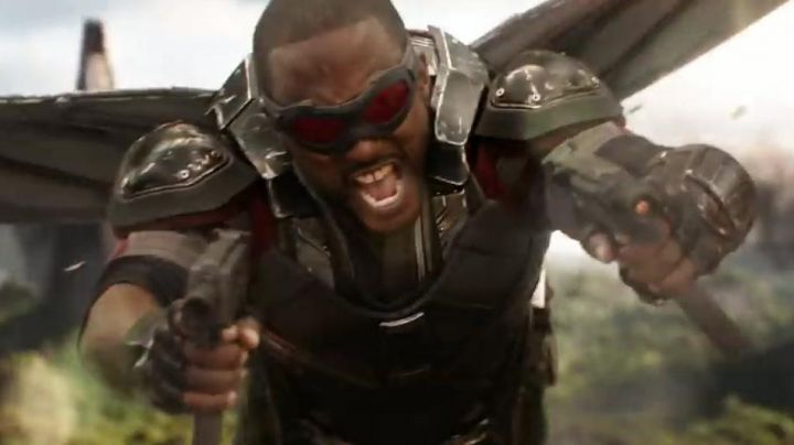 Sam Wilson / Falcon's (Anthony Mackie) armor as seen in Avengers: Infinity War - Movie Outfits and Products