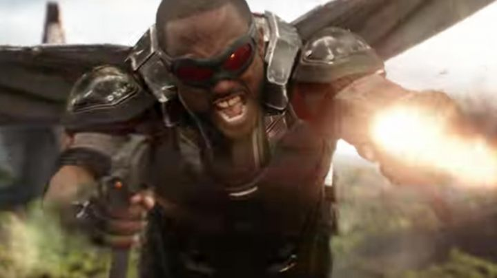 Sam Wilson / Falcon's (Anthony Mackie) goggles as seen in Avengers: Infinity War - Movie Outfits and Products