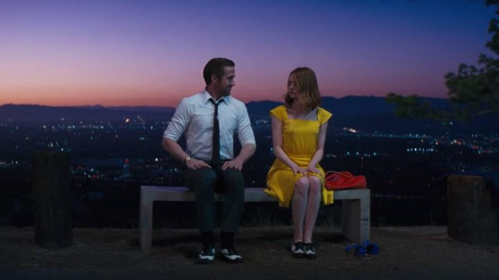 Sebastian's (Ryan Gosling) black and white leather shoes in La La Land - Movie Outfits and Products