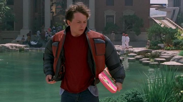 Fashion Trends 2021: Self-Drying Jacket worn by Marty McFly (Michael J. Fox) in Back To The Future Part II
