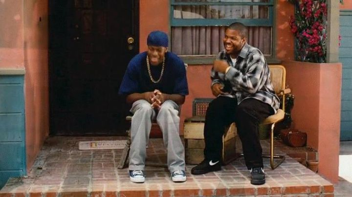 Fashion Trends 2021: Shoes Nike Air Force One Ice Cube in Friday