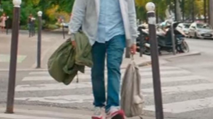 Fashion Trends 2021: Shoes Nike Air Max 1 red and white Kev Adams in Gangsterdam