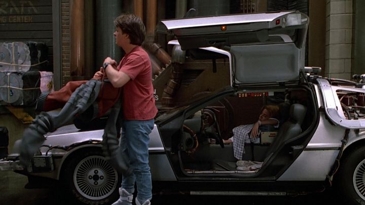 Fashion Trends 2021: Shoes Nike Bruin low Red Swoosh Marty McFly (Michael J. Fox) in Back to the future II