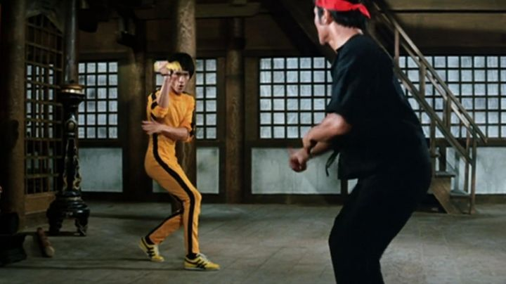 Fashion Trends 2021: Shoes Onitsuka Tiger yellow Tai Chi Hai Tien (Bruce Lee) game of death