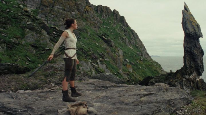 Shoes Po-Zu of Rey (Daisy Ridley in Star Wars : The Last Jedi - Movie Outfits and Products