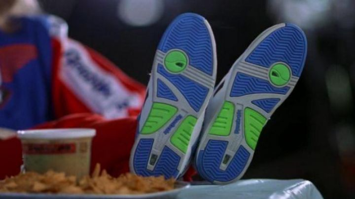 Shoes Reebok Court Victory Pump in Wayne's World - Movie Outfits and Products