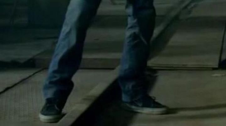 Shoes / sneakers Vans Paul Walker in Brick Mansion - Movie Outfits and Products