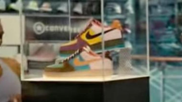 """Sneakers Air Force 1 Low Bespoke by Dj Clark Kent"""" in Winning Ticket - Movie Outfits and Products"""