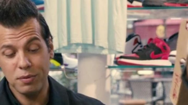 Sneakers Air Jordan 1 Bred in 16 years or so - Movie Outfits and Products