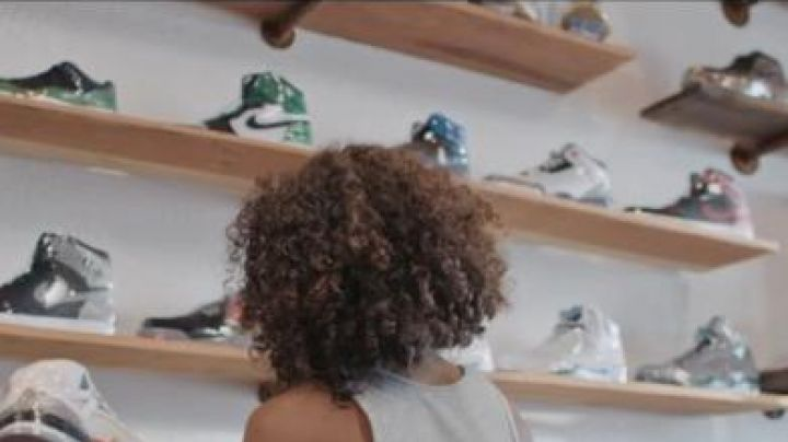 Sneakers Air Jordan 1 Celtic in Kicks - Movie Outfits and Products