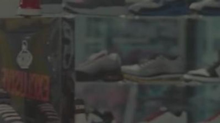 Sneakers Air Jordan 1 in Winning Ticket - Movie Outfits and Products
