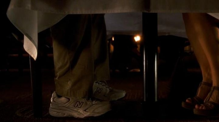 Sneakers New Balance Cal Weaver (Steve Carell) in Crazy, Stupid, Love - Movie Outfits and Products