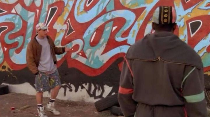 Fashion Trends 2021: Sneakers Nike Air Command Billy Hoyle (Woody Harrelson) in white do not know how to jump
