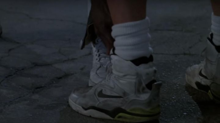 Fashion Trends 2021: Sneakers Nike Air Command high tops white, Billy Hoyle (Woody Harrelson) in white do not know how to jump