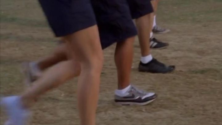 Sneakers Nike Air Max 1 in American pie 5 : No Limit! - Movie Outfits and Products