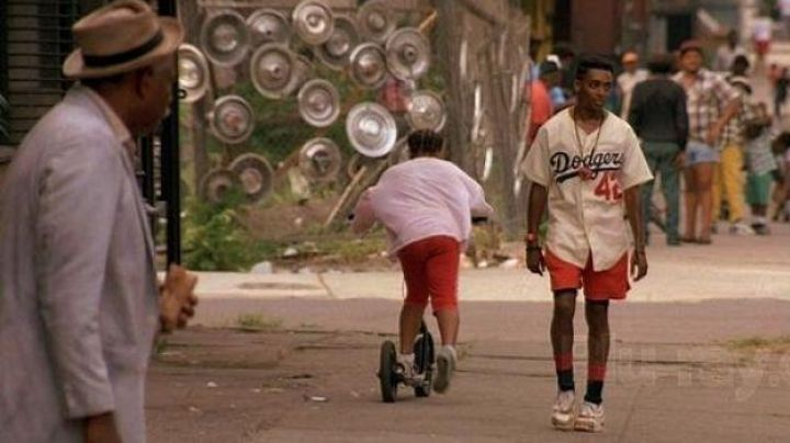 Fashion Trends 2021: Sneakers Nike Air Trainer III Medicine Ball to Mookie (Spike Lee) in Do The Right Thing