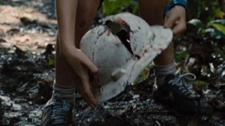 Fashion Trends 2021: Sneakers Nike Cortez Ultra Gray Mitchell (Ty Simpkins) in Jurassic World