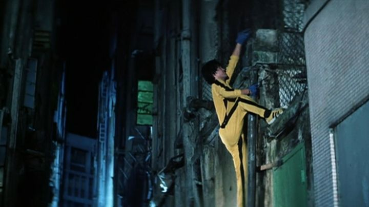 Sneakers Onitsuka Tiger Tai Chi Billy Lo ( Kim Tai Chung) in The game of death - Movie Outfits and Products
