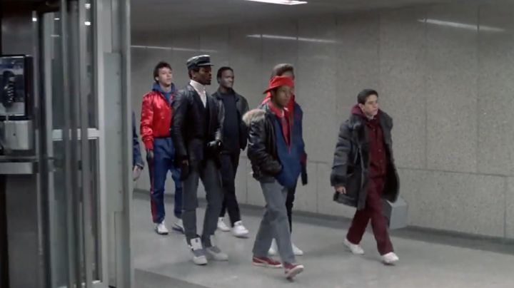 Sneakers Puma Suede Classic red Chollie (Leon W. Grant) in Beat Street - Movie Outfits and Products