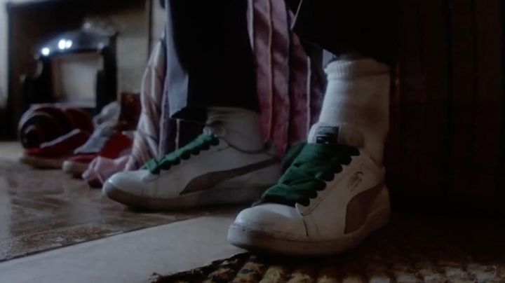 Sneakers Puma Suede vintage-white-green laces of Chollie (Leon W. Grant) in Beat Street - Movie Outfits and Products