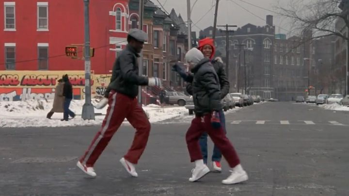 Sneakers Puma Suede white-red stripes of a partner, Chollie in Beat Street - Movie Outfits and Products