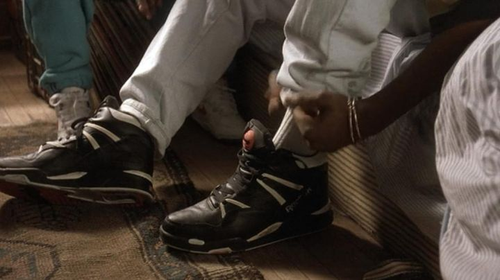 Sneakers Reebok black of Tupac in Juice - Movie Outfits and Products