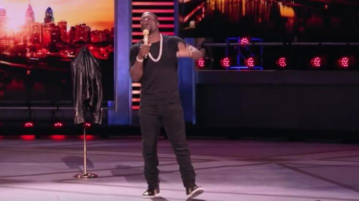 Sneakers Saint Laurent worn by Kevin Hart in the show