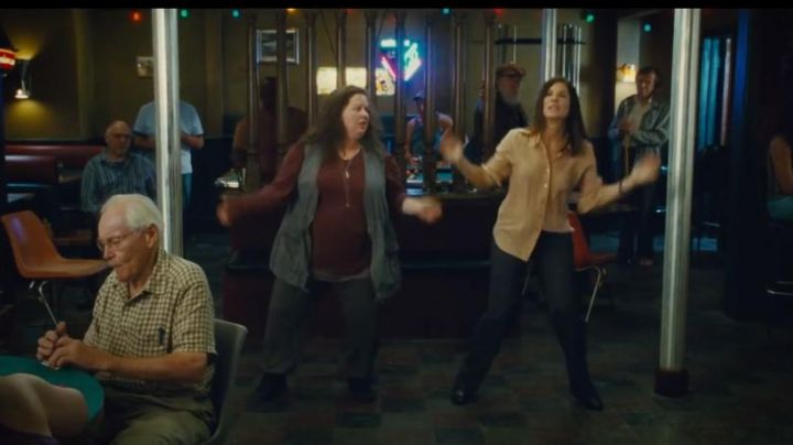 Sneakers black Melissa McCarthy in The Flingueuses - Movie Outfits and Products