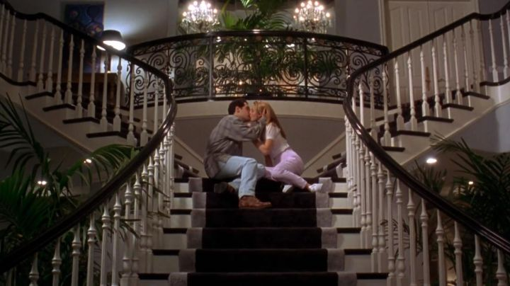 Sneakers low white of Cher in Clueless - Movie Outfits and Products