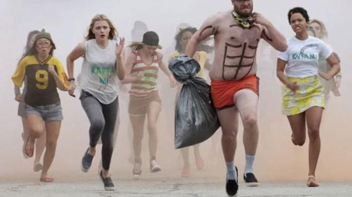 Sneakers slip-on, black, Mac Radner (Seth Rogen) in Our worst neighbors 2 - Movie Outfits and Products