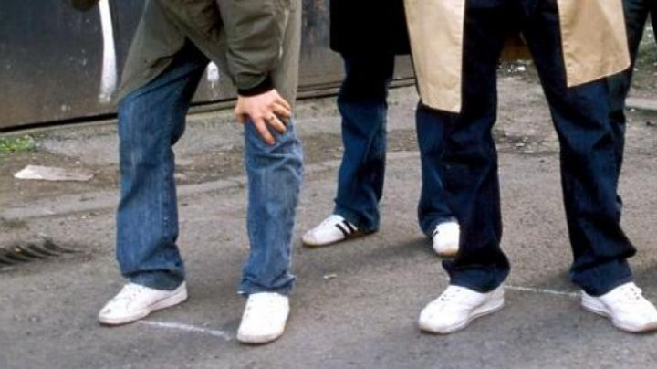 Sneakers white in Hooligans - Movie Outfits and Products