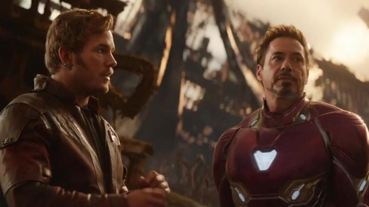 Star Lord's (Chris Pratt) communicator pin in Avengers: Infinity War - Movie Outfits and Products