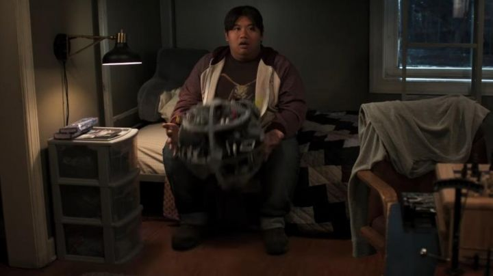 Fashion Trends 2021: Star Wars Death Star used by Ned Leeds (Jacob Batalon) as seen in Spider-Man: Homecoming