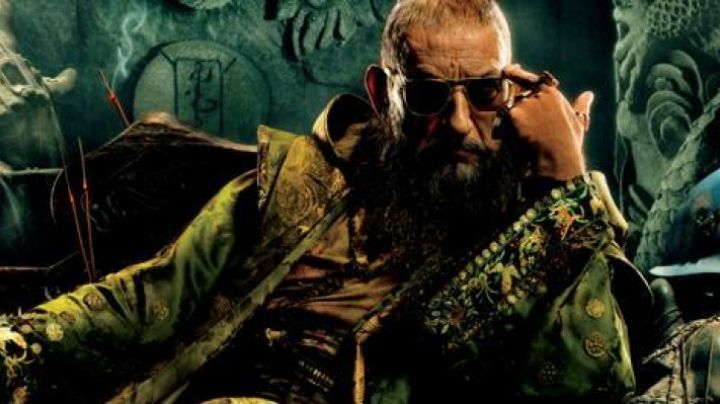 Sunglasses AO Eyewear of Ben Kingsley in Iron Man 3 - Movie Outfits and Products