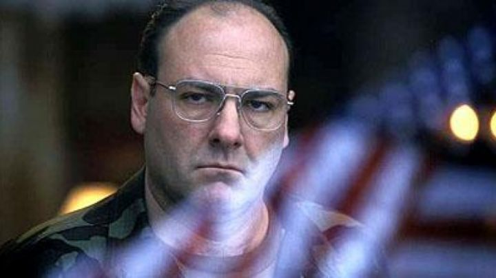Sunglasses American Optical of James Gandolfini in The Last Castle - Movie Outfits and Products