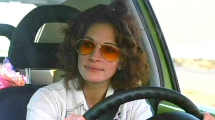 Sunglasses Aviator Golden / Orange Samantha Barzel (Julia Roberts) in The Mexican - Movie Outfits and Products