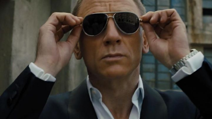 Sunglasses Aviator Tom Ford James Bond (Daniel Craig) in Skyfall - Movie Outfits and Products