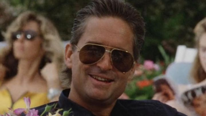 Sunglasses, Cartier Vendome Louis Gordon Gekko (Michael Douglas) in Wall Street - Movie Outfits and Products