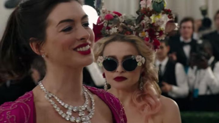 """Sunglasses Dolce & Gabbana Garden Flowers Cat s Eye"""" of Rose (Helena Bonham Carter) in Ocean's Eight - Movie Outfits and Products"""
