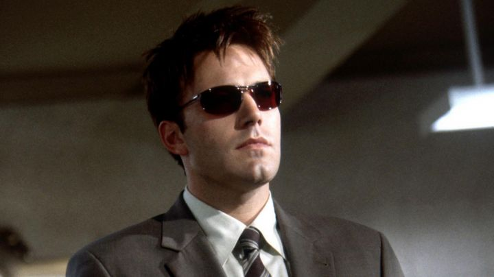 Sunglasses Ray-Ban Olympia I the red glasses Matt Murdock (Ben Affleck) in Daredevil - Movie Outfits and Products