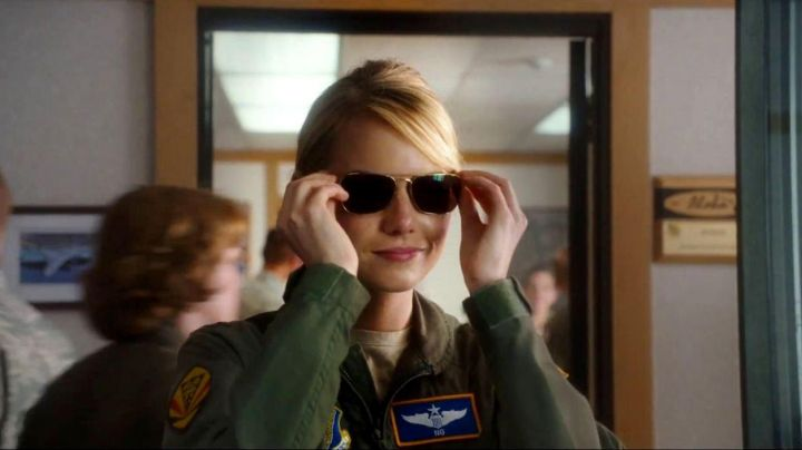 Sunglasses Ray-Ban for Allison Ng (Emma Stone) in Aloha movie