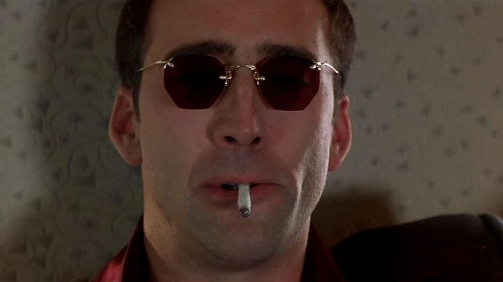 Sunglasses red Castor Troy (Nicolas Cage) in Volte/​Face Movie