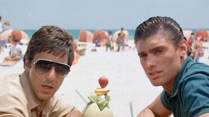 Sunglasses vintage of Tony Montana (Al Pacino) in Scarface - Movie Outfits and Products