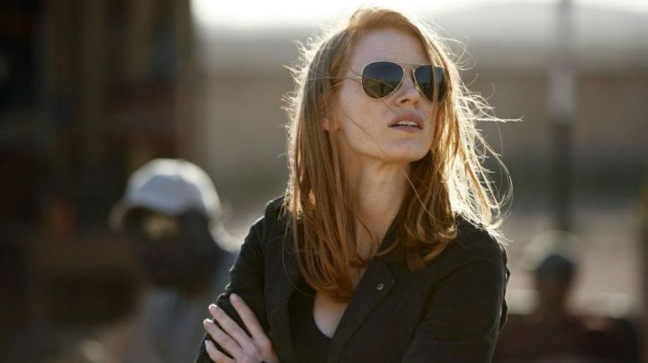 Sunglasses worn by Jessica Chastain as seen on The Division - Movie Outfits and Products