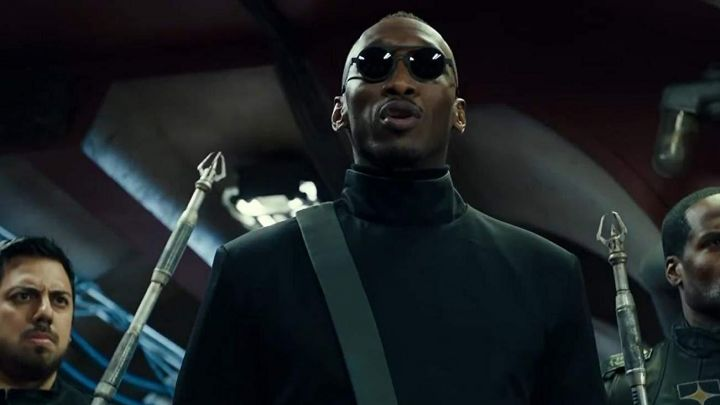 Sunglasses worn by Vector (Mahershala Ali) as seen in Alita: Battle Angel movie