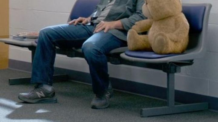TED 2 x NEW BALANCE 990 - Movie Outfits and Products