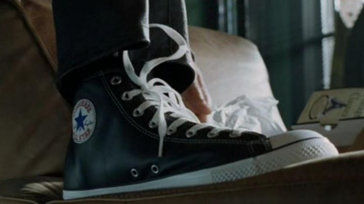 THE pair of Converse of Del Spooner (Will Smith) in I