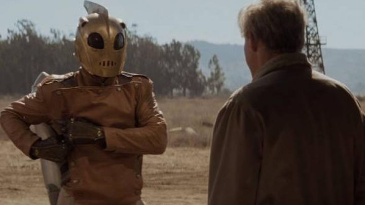 Tan Leather Jacket worn by Cliff Secord (Bill Campbell) as seen in The Rocketeer - Movie Outfits and Products